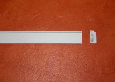 CB/163 H. 4,5 - L. 150 - P. 2,5 cm.