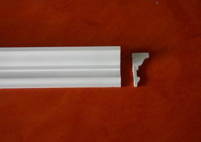 CB/173 - H. 10 - L. 150 - P. 5 cm.