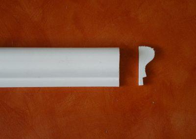 CB/175 - H. 9,2 - L. 150 - P. 3,8 cm.